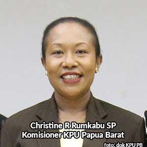 Christine R Rumkabu SP anggota KPU Papua Barat