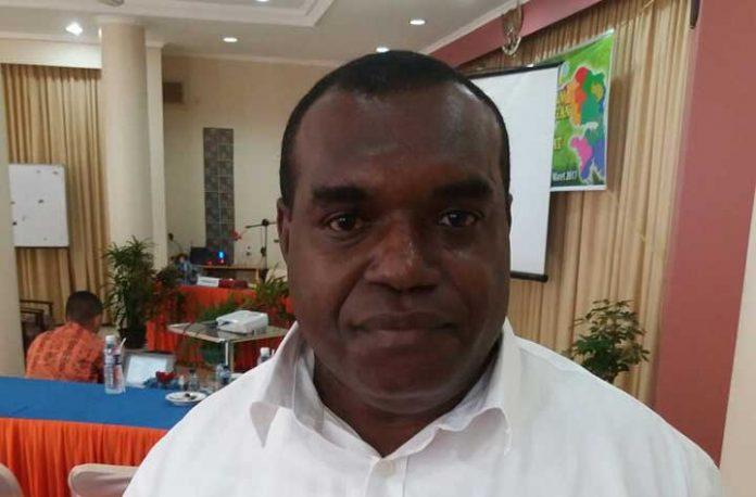 Plt Kepala Dinas Ketahanan Pangan Provinsi Papua Barat, Hippolytus Taa