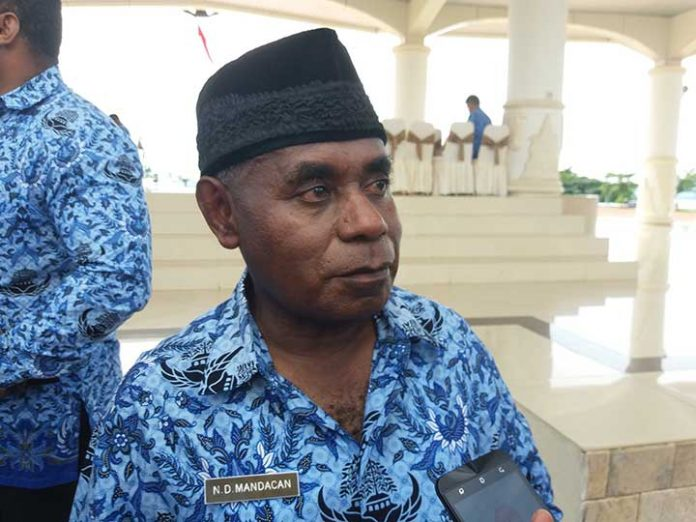 Sekprov Papua Barat, Drs Natanile D Mandacan.