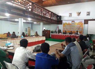 Suasana diskusi tata cara pembagian Dapil dan penghitungan alokasi kursi Dewan.