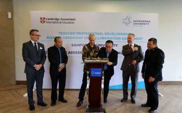Penandatanganan kontrak kerjasama Cambridge Assessment International Education dengan Putera Sampoerna Foundation. (foto; ist)
