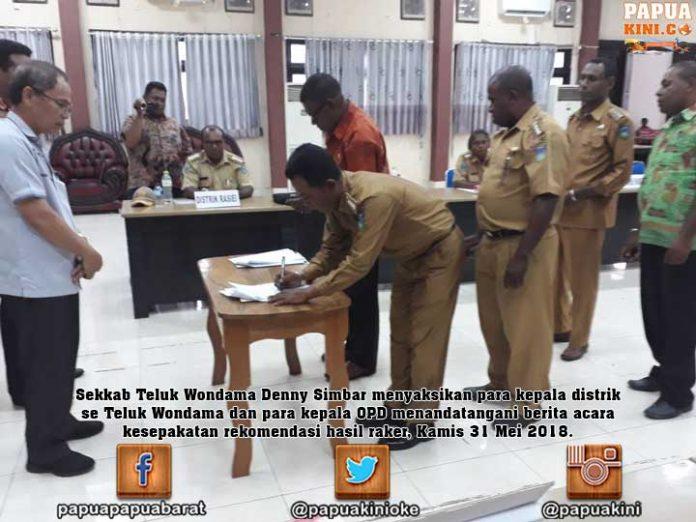 Kepala OPD Wondama Wajib Laporkan Kegiatan di Distrik ke Kepala Distrik