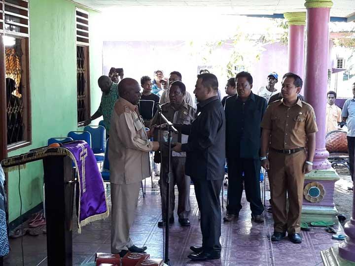 DPRD dan Pemkab Manokwari Lepas Jenazah Daud Ullo
