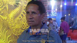 Manager Niaga PLN Area Papua-Papua Barat Yosepina Kwao