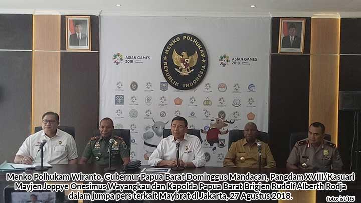 Konferensi pers Menko Polhukam Wiranto soal Maybrat Papua Barat