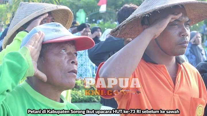 Petani Kabupaten Sorong Ikut Upacara HUT RI Sebelum ke Sawah