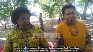Kepala Dinas Pemberdayaan Perempuan dan Perlindungan Anak Papua Barat  Elsina Y Sesa SSos MM kiri