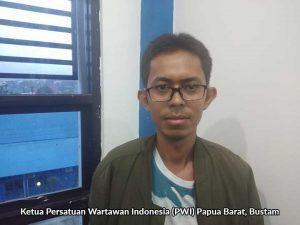 Ketua Pwi Papua Barat Bustam