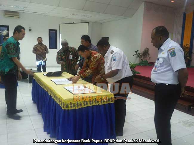 BPKP, Bank Papua dan 13 Daerah se Papua Barat Teken Kerja Sama