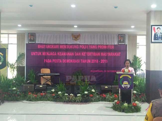 Bhayangkari Diminta Ingatkan Kenetralan Suami Soal Politik