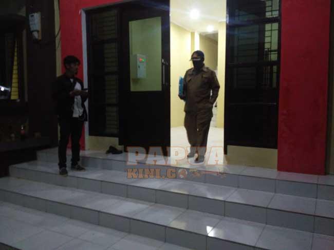 Empat Pejabat Bungkam Setelah Diperiksa KPK