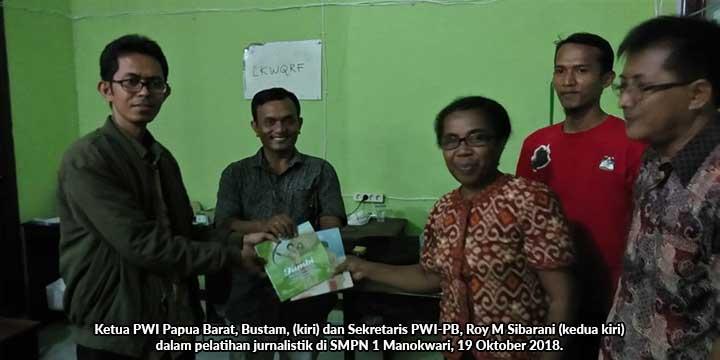 23 Siswa SMPN 2 Manokwari Ikut Pelatihan Jurnalistik PWI