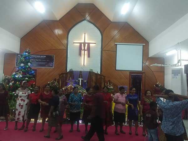 Damai Natal Dikumandangkan GKI Efata Manggoapi