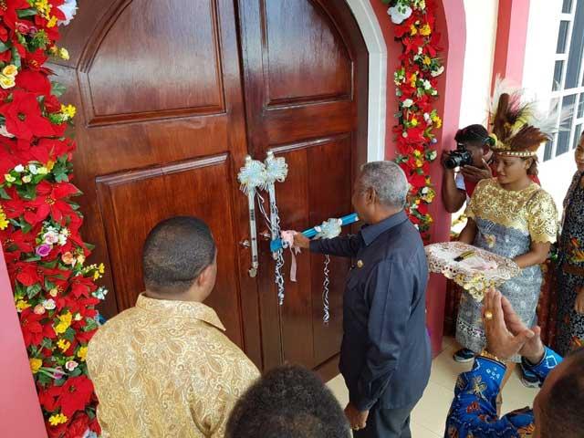 Gubernur Ingatkan Bantuan Tempat Ibadah Jangan Tumpang Tindih