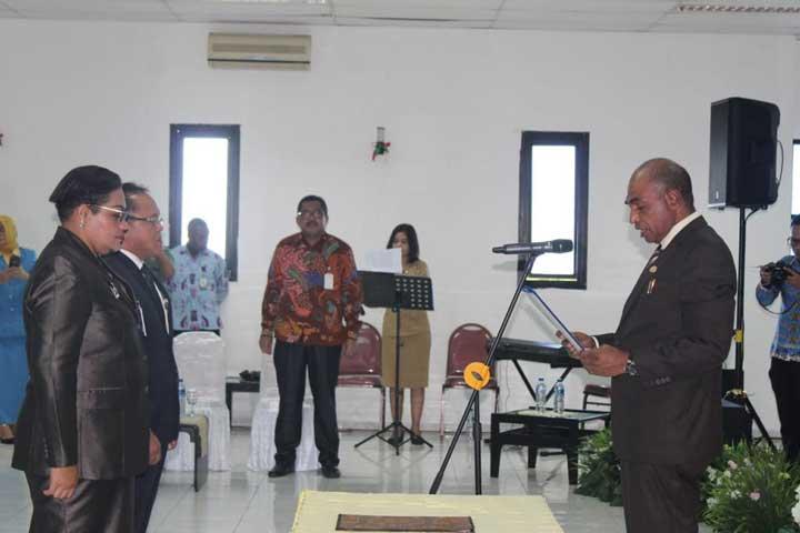 Bertha Affar Jadi Pemimpin Bank Papua Manokwari