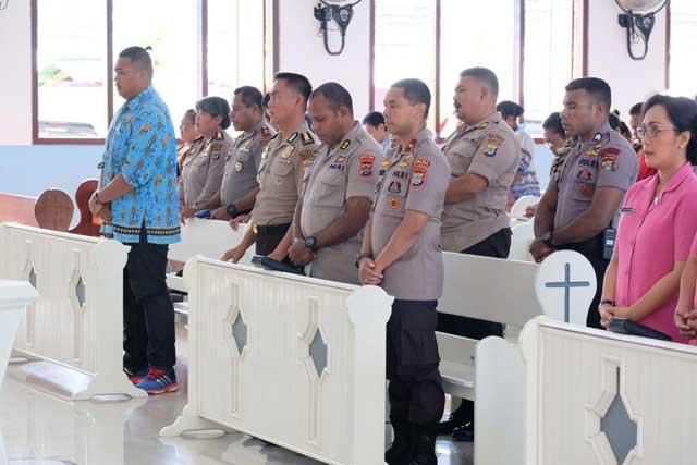 Kapolda Papua Barat Janji Jalin Hubungan Baik Dengan Warga Jemaat