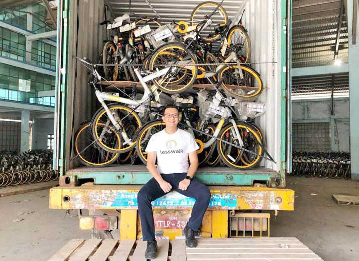 Wiraswastawan Ini Beli dan Sumbangkan 10 Ribu Sepeda Untuk Anak Miskin