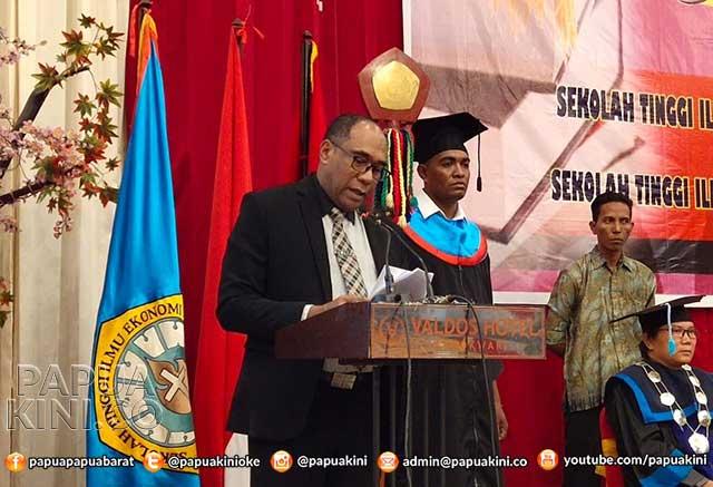 Pemprov Papua Barat Tantang STIE Mah Eisa dan STIH Bintuni Hadapi Era Bonus Demografi 2030