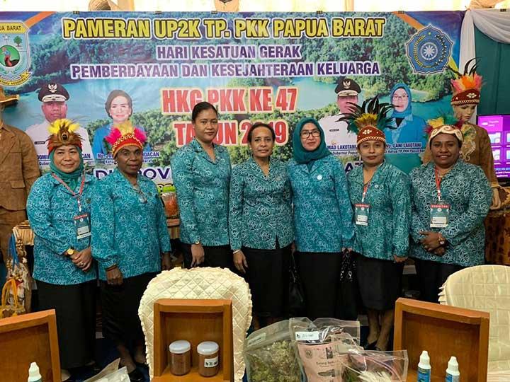 Ketua PKK Papua Barat Harapkan HKG PKK Bisa Perluas Pemasaran Produk Lokal