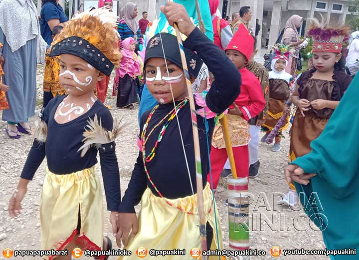 Ratusan Anak Usia Dini Ikut Parede Budaya di Kaimana