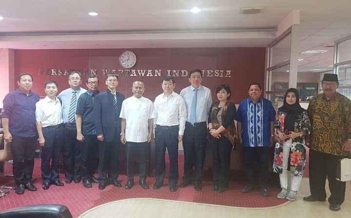 PWI Terima Kunjungan Delegasi Wartawan China