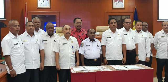 Genjot Pembangunan, Pemprov Papua dan Papua Barat Teken MoU