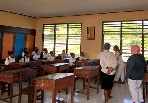 Siswi SD/SMP Menstruasi Dapat Obat Gratis