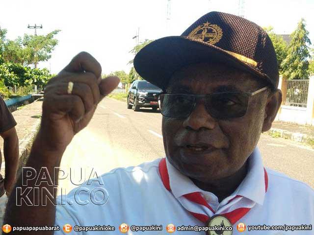 Sekprov Papua Barat Wait and See Maju Pilkada Manokwari