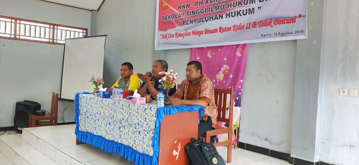 KKN STIH Bintuni-Manokwari Gelar Penyuluhan Hukum di Bintuni