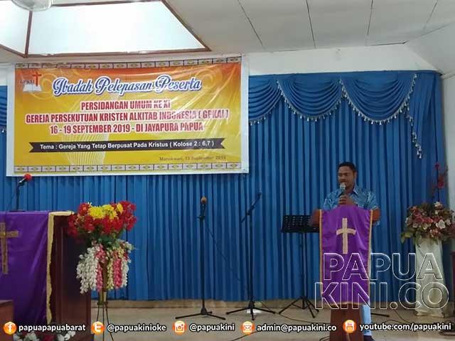 Lepas Kontingen YPKAI ke Jayapura, Gubernur Ingatkan Pertanggungjawaban Bantuan