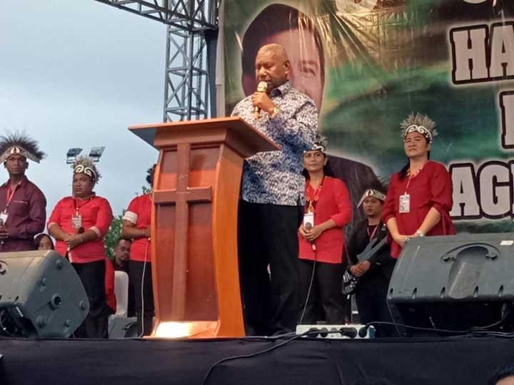 Ribuan Warga Padati KKR Doa Pemulihan Bagi Tanah Papua di Kota Sorong