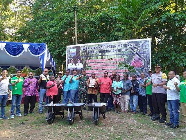 Bupati Manokwari: Hutan Bukan Warisan Tapi Titipan Nenek Moyang