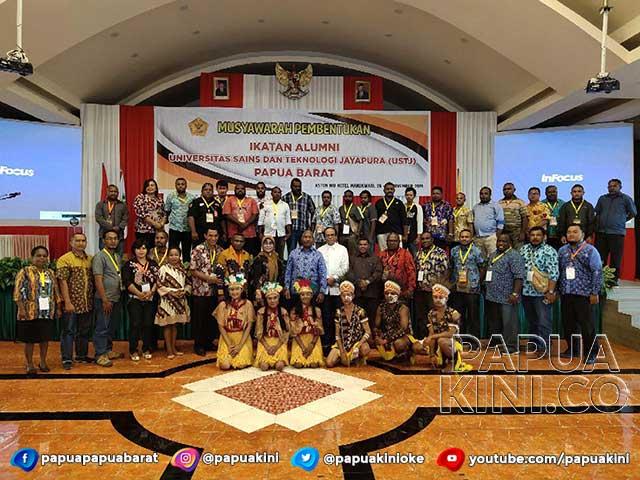 Musyawarah Pembentukan Alumni USTJ Papua Barat Bergulir, Gubernur Dukung