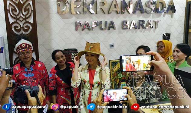 Istri Mensos Harap Gedung Dekranasda Papua Barat Jadi Awal Keberhasilan Perajin