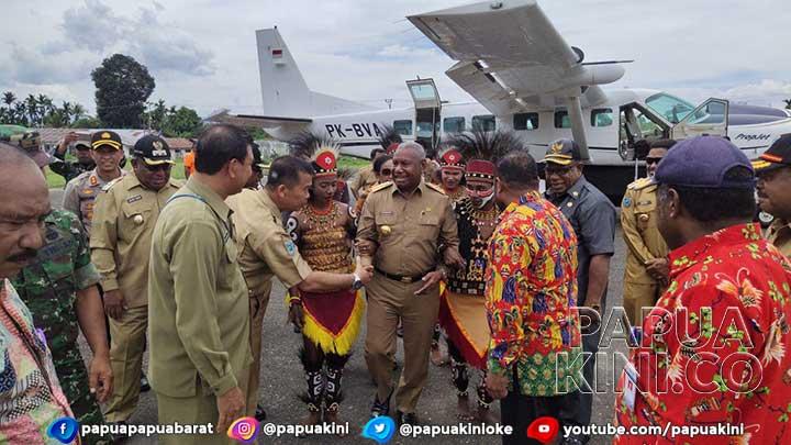 Gubernur Papua Barat Raker Otsus di Teluk Wondama