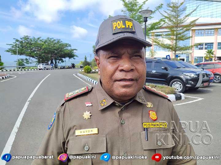 Kasatpol PP Papua Barat Blokir Gaji Karena 3 Oknum Pejabat Bermasalah