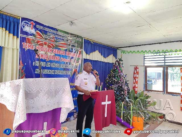 Sejuknya Pesan Gubernur Mandacan di Ibadah Natal