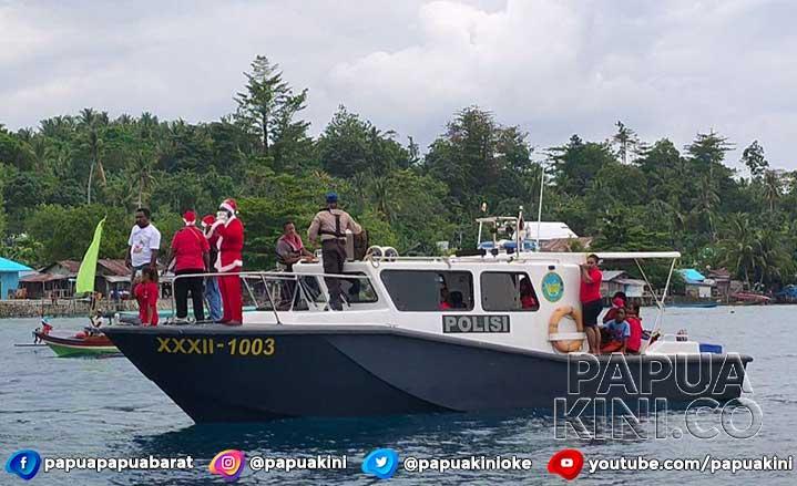 PAM GKI Klasis Manokwari Parade Natal di Laut