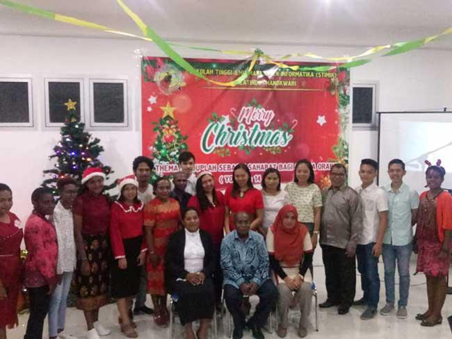 STIMIK Creatindo Gelar Natal Perdana, Pelopornya Seorang Muslim