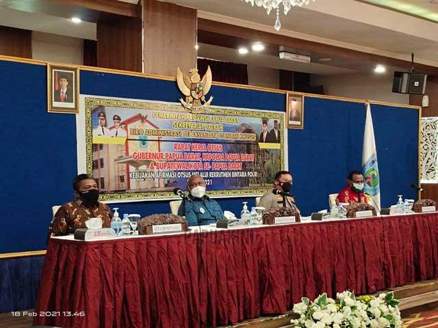 Gubernur Usul Bagi Rata Kuota 1500 Bintara Polri Otsus dan Pembiayaan 140 M