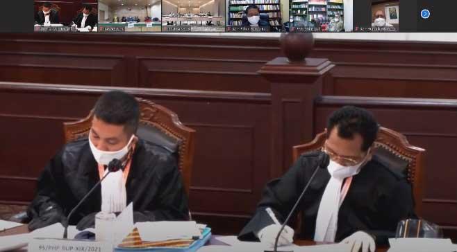 Di Sidang MK Bawaslu Teluk Bintuni Benarkan KPU Sudah Perbaiki 1658 Nama Ganda