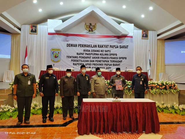 DPR Papua Barat Setujui APBD 2021 8,824 T