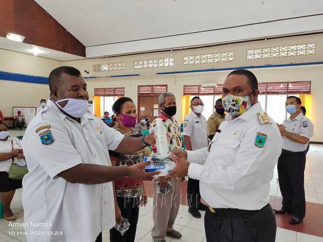 Luncurkan Hallo Masker, Bupati Manokwari Ingatkan Konsekuensi Sosial Meninggal Akibat Covid-19