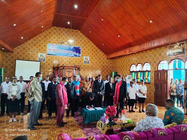 Gubernur Hadir Pelantikan Majelis Daerah GPKAI Testega