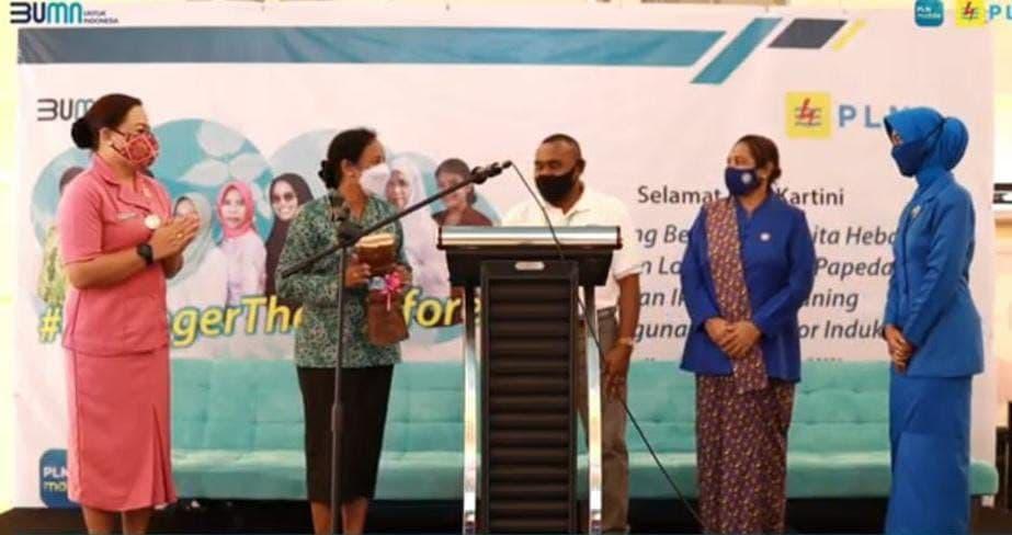 Peringati Hari Kartini, PLN Manokwari Gelar Lomba Masak Papeda dan Ikan Kuah Kuning