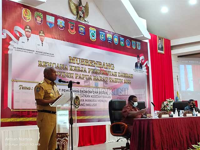 Gubernur Papua Barat Ingatkan Harus Money Follow Program