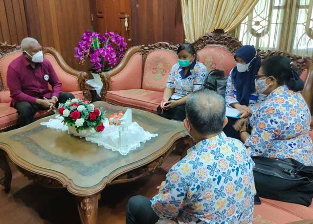 Gubernur Imbau Warga Dukung Pendataan Keluarga BKKBN