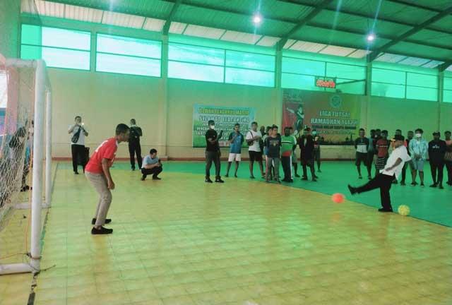 Buka Liga Futsal Ramadan, Wabup Terpilih Kaimana Minta Remaja Masjid Pererat Ukhuwah