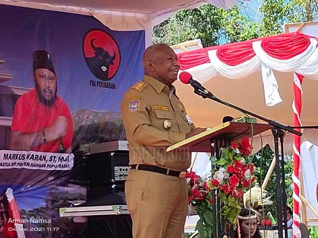 Dominggus Mandacan Target Sekretariat PDIP Papua Barat Tuntas Sebelum 12 Mei 2022