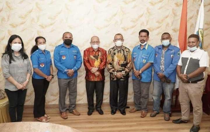 KNPI Teluk Wondama Bertemu Dengan Bupati dan Wakil Bupati